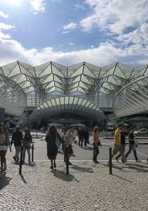 800px-gare_do_oriente_-_calatrava